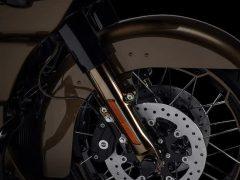 2021-cvo-road-glide-motorcycle-k5