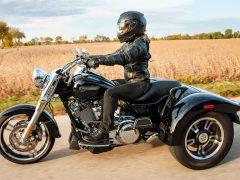 2021-freewheeler-motorcycle-g2