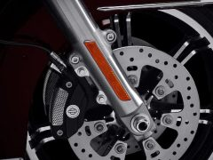 2021-road-king-motorcycle-k2