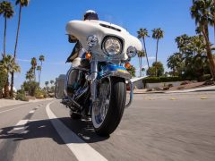 electra-glide-revival-motorcycle-g2